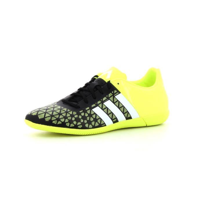 chaussure adidas de foot salle