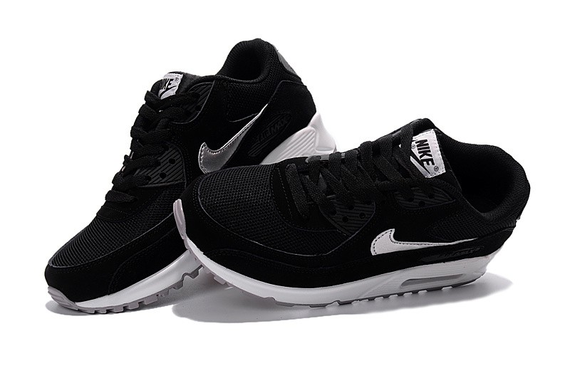 basket nike noir et blanche Outlet Vente Authentique - kiwie.fr